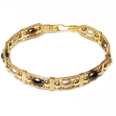 Gold Fresh Water Pearl Bracelet