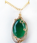 Green Onyx and Gold Wire Wrapped Pendant (Genuine)